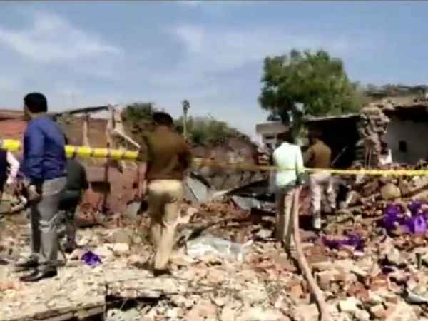 Bhadohi blast: 3 mobile phones to get IB in rubble after 24 hours