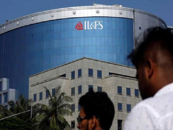 IL and FS: ed raids former chairman Ravi Parthasarathy and other officials location in mumbai