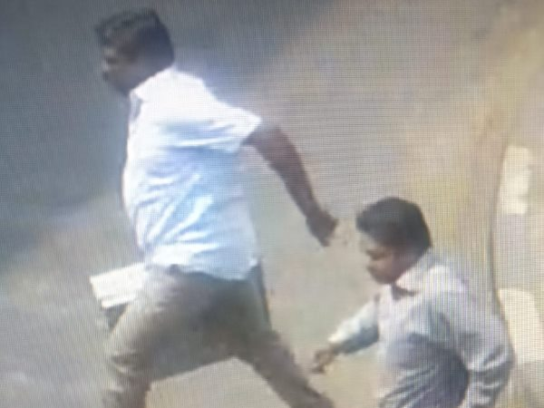 thieves steals 28 lakh cash from SBI branch in Pune caught on cctv