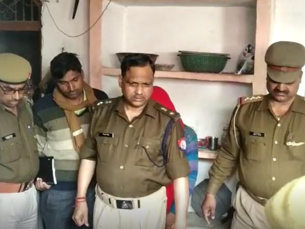 man killed himself after murdered wife in farrukhabad