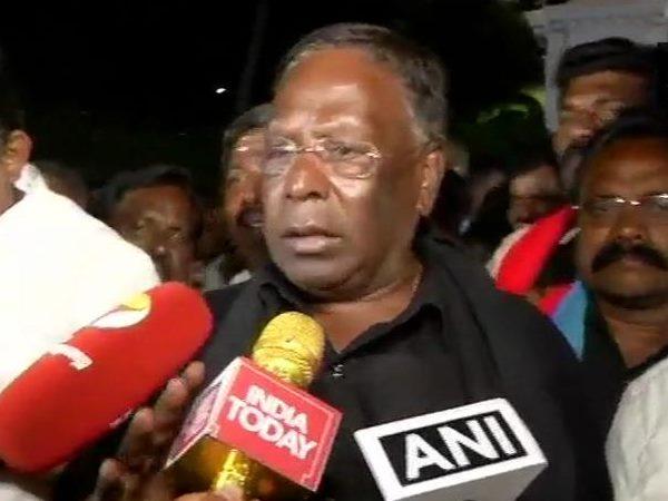 पुडुचेरी सीएम नारायणसामी का उपराज्यपाल किरण बेदी के खिलाफ छह दिन से चल रहा धरना खत्म