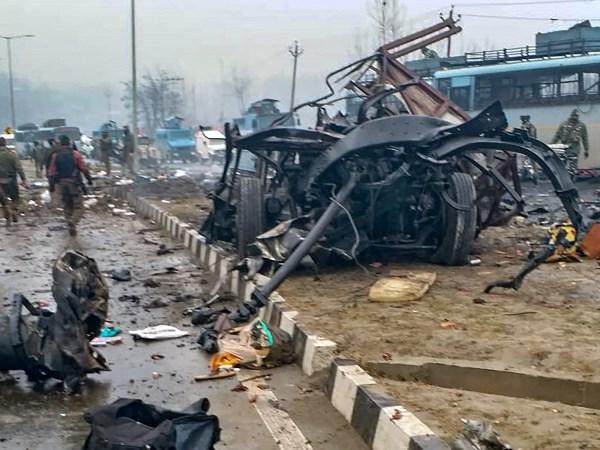 Pulwama Attack: लाल रंग की कार के  बारे में चश्मदीद ने किया बड़ा खुलासा
