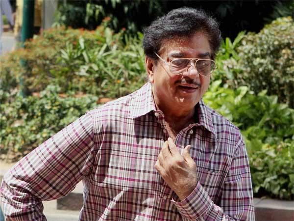 शत्रुघ्न सिन्हा का  बीजेपी ने काटा टिकट, भड़के शॉटगन ने Twitter पर निकाली जमकर भड़ास