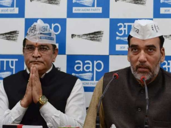 <strong>दिल्ली: कांग्रेस-आप में गठबंधन को लेकर नहीं बनी बात, सातवें उम्मीदवार का ऐलान</strong>