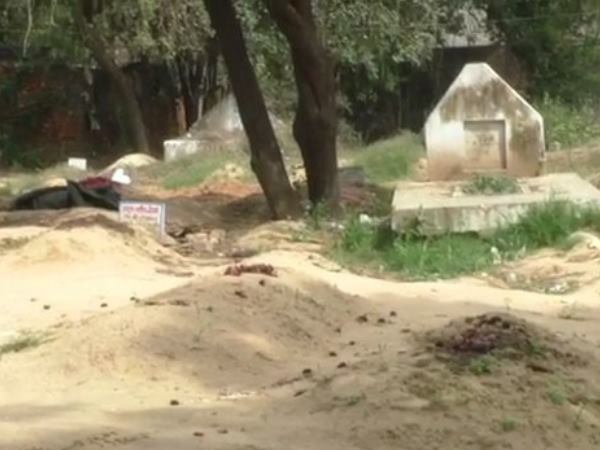 man dead body removed from grave after seven month in bareilly