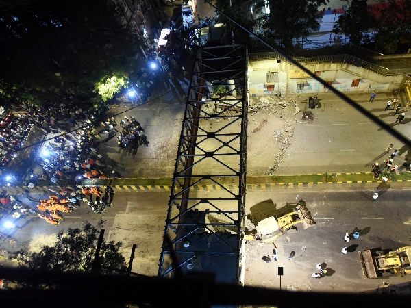 Mumbai bridge collapse: Court sends auditor Neeraj Desai to police custody till 25th Mar