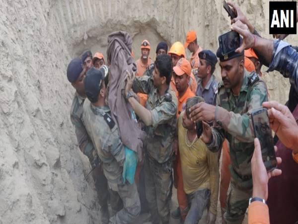 60 फीट गहरे बोरवेल में गिरे मासूम को सेना ने किया रेस्क्यू, 47 घंटे तक चला ऑपरेशन