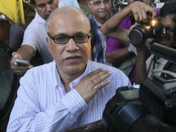 digambar kamat not joining bjp