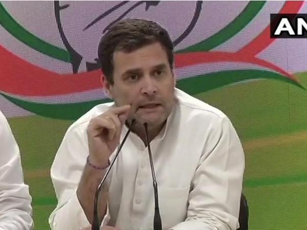 राहुल गांधी का बड़ा ऐलान, कांग्रेस हर गरीब परिवार को 12 हजार रुपए हर महीने देगी