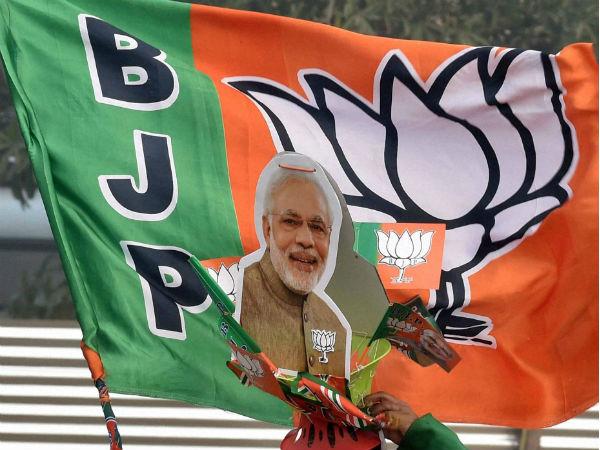 यह भी पढ़ें: नंबर मिलाते ही सुनाई देगा 'मैं भी चौकीदार', BJP ने लॉन्च की Caller Tune