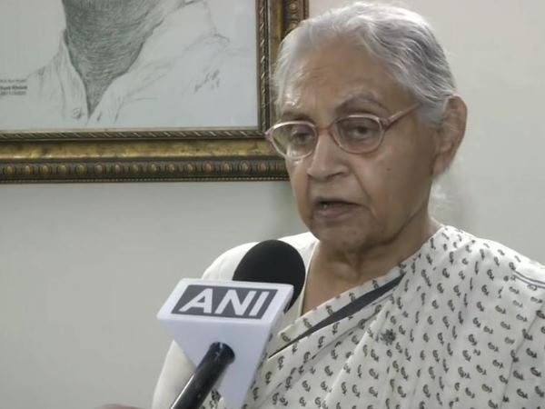 sheil dixit shows anger on azam khans comment, says strict action should be taken against him