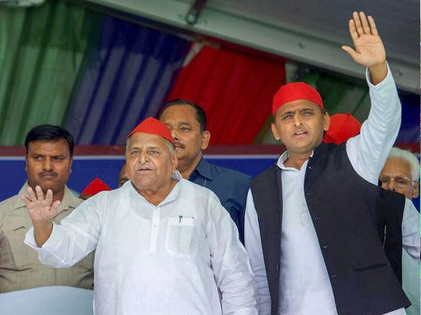 Samajwadi Party Chief Akhilesh Yadav Target Congress to Misuse CBI against Mulayam Singh Yadav