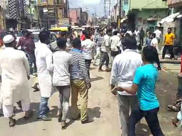 clash between bjp and alliance candidates supporters