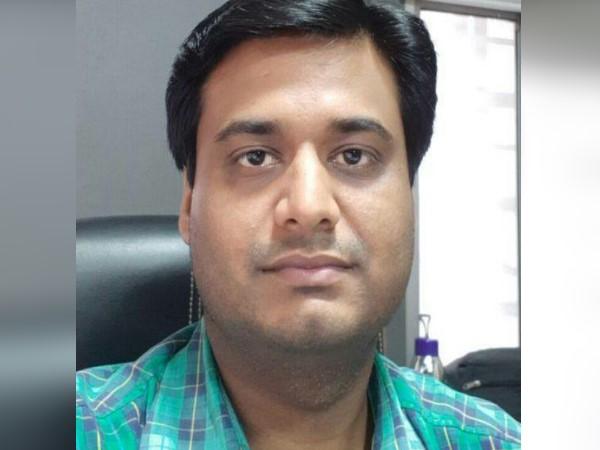 पश्चिम बंगाल: नादिया जिले का EVM प्रभारी लापता, VVPATs भी गायब