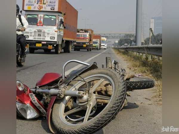 bike accident in gujarat today