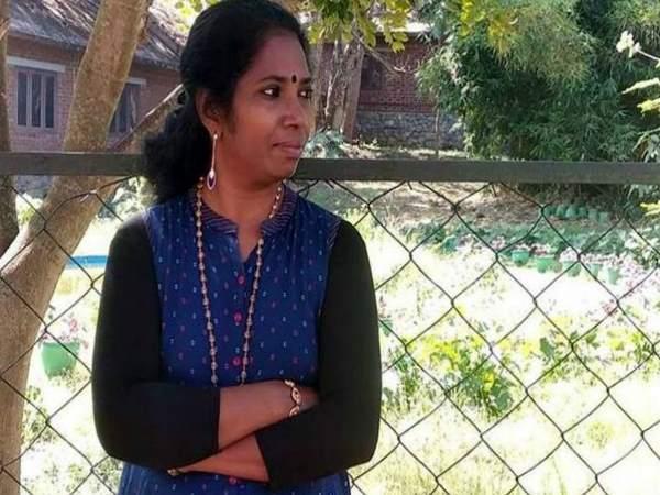 सबरीमाला में प्रवेश करने की कोशिश करने वाली टीचर का आरोप, आरएसएस-बीजेपी कार्यकर्ताओं ने चुनाव ड्यूटी के दौरान अपमानित किया