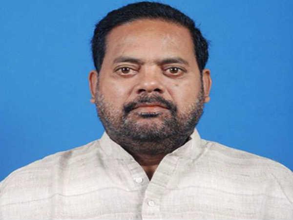 ओडिशा: मतदान से ठीक एक दिन पहले BJD को झटका, विधायक प्रदीप महारथी गिरफ्तार