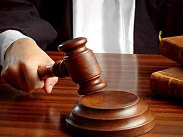 भाजपा विधायक साधना सिंह समेत पूर्व मंत्री पारसनाथ व रवींद्र शुक्ला के खिलाफ गैर जमानती वारंट जारी