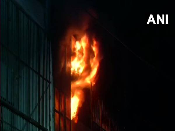 Delhi: Fire broke out at a factory in Jhilmil Industrial Area, No casualties reported