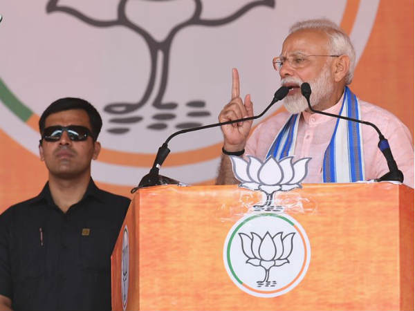 Does it behove Rahul Gandhi to label all Modis as thieves, asks PM Modi in Chhattisgarh