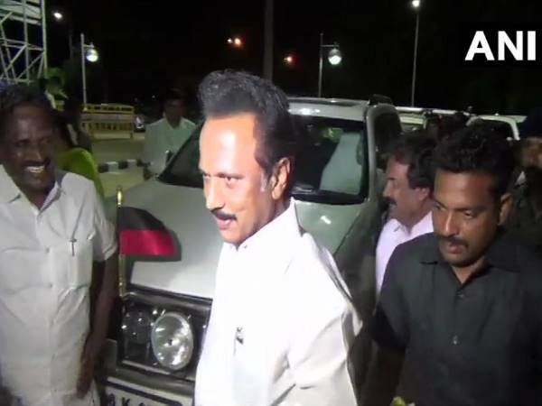 MK Stalin on IT raids on Kanimozhi, Modi is using IT, CBI, Judiciary and now EC to interfere in elections