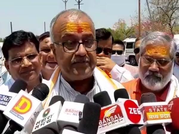 'राहुल गांधी कहते हैं UP की महिलाएं हर हफ्ते पैदा करती हैं बच्चा'-नंदकुमार सिंह