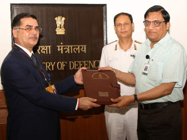 Defence Ministry contract 6311 crore shipyard GRSE to build 8 anti submarine for Indian Navy