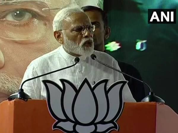 केरल पहुंचे पीएम मोदी ने राहुल गांधी पर साधा निशाना, बोले- संसद में सीट सुरक्षित करने के लिए वायनाड आना पड़ा