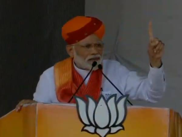 lok sabha elections 2019, PM Narendra Modi Rally in Rajasthan, barmer, attack Congress and pakistan also