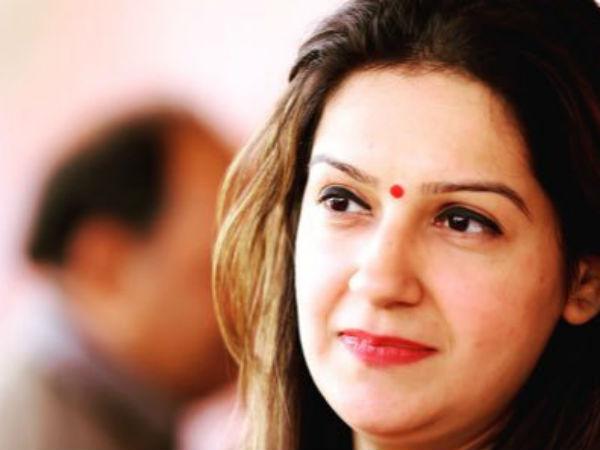 कांग्रेस को बड़ा झटका, पार्टी प्रवक्ता प्रियंका चतुर्वेदी ने दिया इस्तीफा
