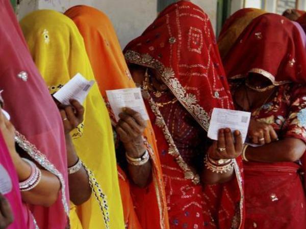 राजस्थान : घूंघट में आने वाली महिला मतदाता चेहरे दिखाने के बाद दे सकेंगी वोट