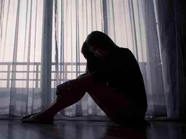 गाजियाबाद: रेलवे ट्रैक के पास खींचकर दो युवकों ने महिला से किया गैंगरेप