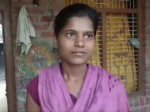 <strong>इसे भी पढ़ें:- पुलवामा हमले को लेकर मोदी की अपील पर शहीद की भतीजी ने क्या कहा, देखिए VIDEO </strong>