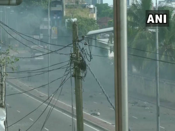Sri Lanka Blast: कोलंबो में चर्च के करीब एक और ब्लास्ट, बम डिफ्यूज करते हुए धमाका
