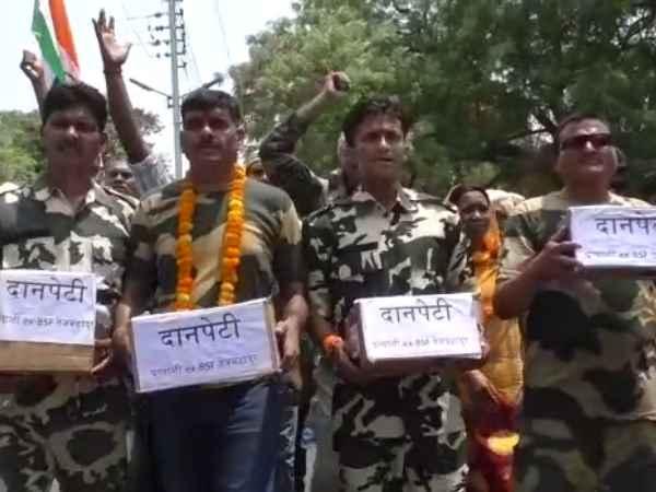 बर्खास्त BSF जवान ने पीएम मोदी के खिलाफ किया नामांकन, दान मांगकर लड़ेंगे चुनाव
