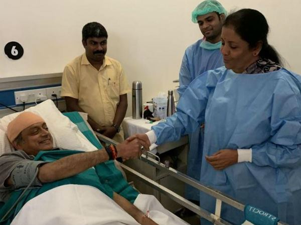 Nirmala Sitharaman told the reason About Visiting Shashi Tharoor in hospital