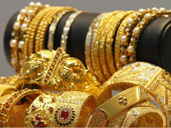 Gold Price Rises By Rs 75 before Akshaya Tritiya , whereas Silver Down By Rs 70, Know Todays Gold Price
