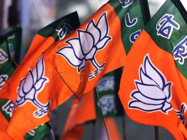 Election results 2019: नतीजों से पहले बीजेपी ने शुरू की जश्न की तैयारियां, कांग्रेस सतर्क