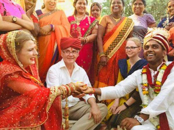 german girl marry with indian friend in maharajganj