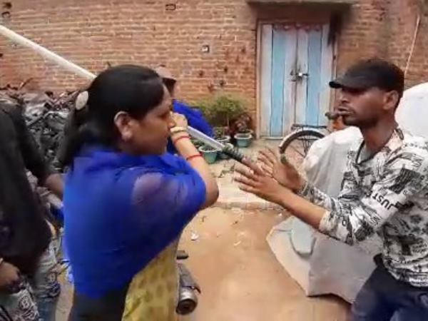 thief beaten by woman in moradabad