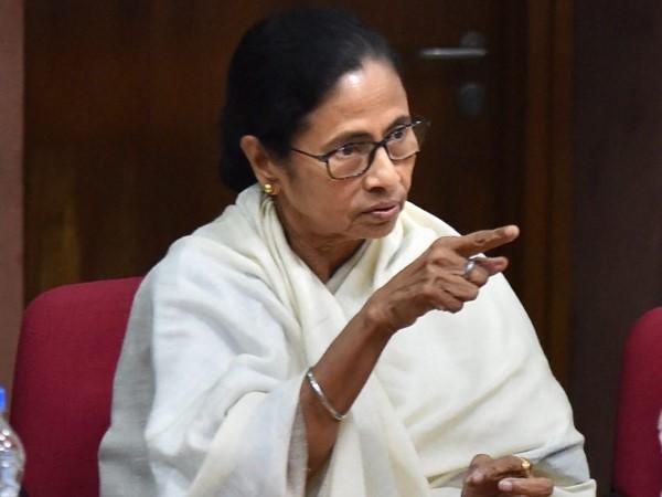 अब ममता बनर्जी ने शुरू की पार्टी के 'गद्दारों' की निशानदेही