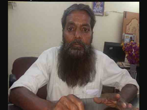 After PM oath modi fan will cut his long beard