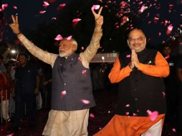 लोकसभा में बंपर जीत के बाद अब 'मिशन राज्यसभा' में जुटी BJP, पिछली बार लटके थे कई बिल