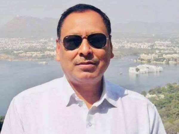 जूता कांड से चर्चा में आए भाजपा विधायक राकेश बघेल का गिरफ्तारी वारंट जारी