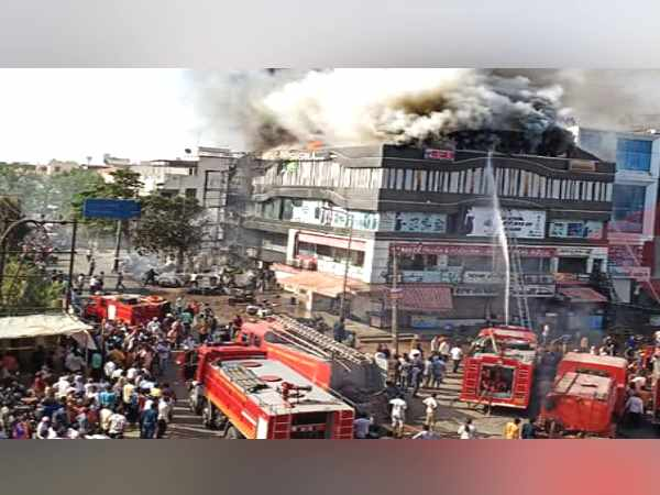 Surat Fire Tragedy: this 25-year-old Director Of Institute Saving many Students