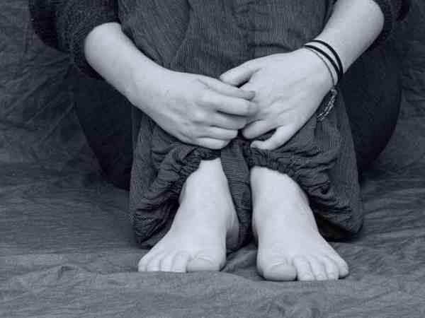 कई साल से पति की कैद में थी महिला, पुलिस ने छुड़ाया तो मालूम हुई सारी कहानी