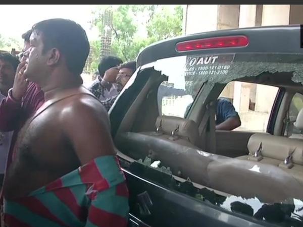 बंगाल में जारी है हिंसा का दौर, भाजपा कार्यकर्ताओं पर फिर हुए  हमले, गाड़ियों पर पथराव, टूटे शीशे
