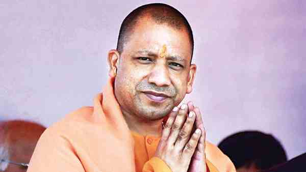 cm yogi will distribute laptop to lekhpals