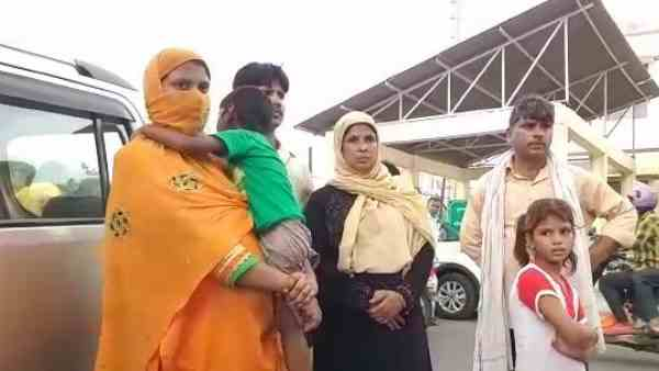 husband beats his wife and gave threat of triple talaq
