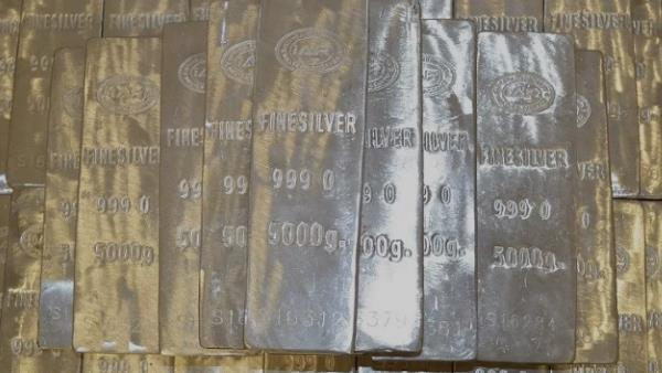 hyderabad police seize 10 ton silver worth 40 crore